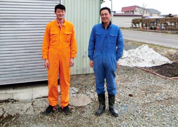 士別農園 古市さん(左)眞鍋さん(右)